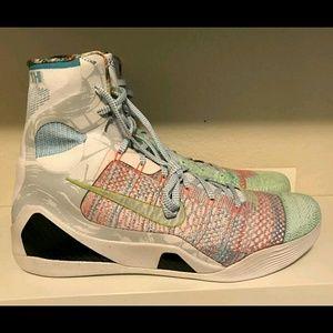 Sz 18 What the kobe IX 9 elite high rare sneakers